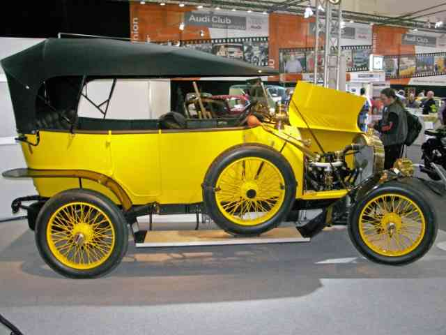1910 Audi Type B 10-28  PS - In 1910 August Horch developed an improved Audi Type B. The Audi Type B 4 cylinder engine had 2612 c...