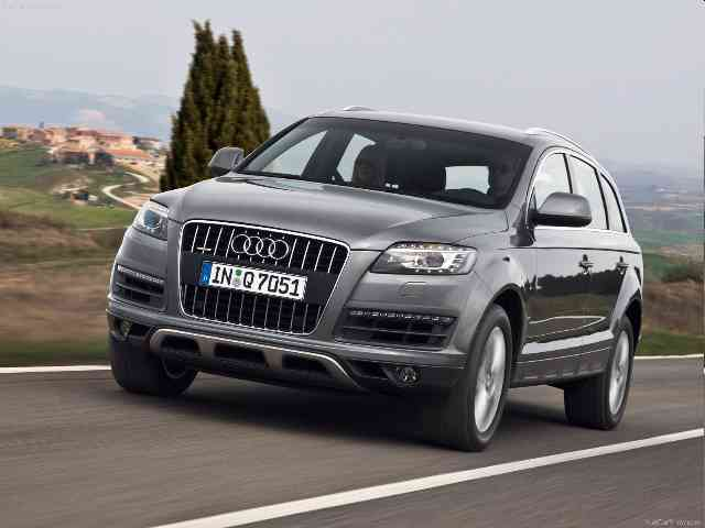 Audi Q7 SUV 2010 - The Audi Q7 SUV is available with six powerful and highly efficient direct injection engines. Gasoline-powered are Audi Q7 V6 3.6 FSI and Audi Q7 V8 4.2 FSI. There are Audi Q7 SUV four models with die... Audi Cars models, news, information, reviews and pictures.
