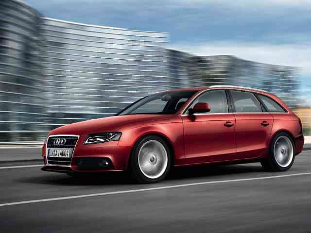 2011 Audi A4 2.0 TDI - Audi A4 2.0 TDI model 2011 is a 4 doors 5 seater sedan. The new Audi A4 2.0 TDI has Diesel engine wi...